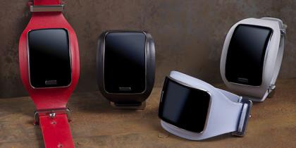 Diesel Black Gold Introduces Custom Samsung Gear
