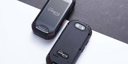 atom_compact_and_rugged_4g_smartphone